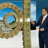 """Maya-Kalender"", heute 19Uhr, 20.12.2012, Moderation Matthias Fornoff, © ZDF"